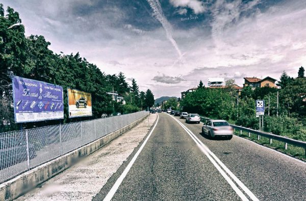 Varese, via Rucellai: 2 postazioni